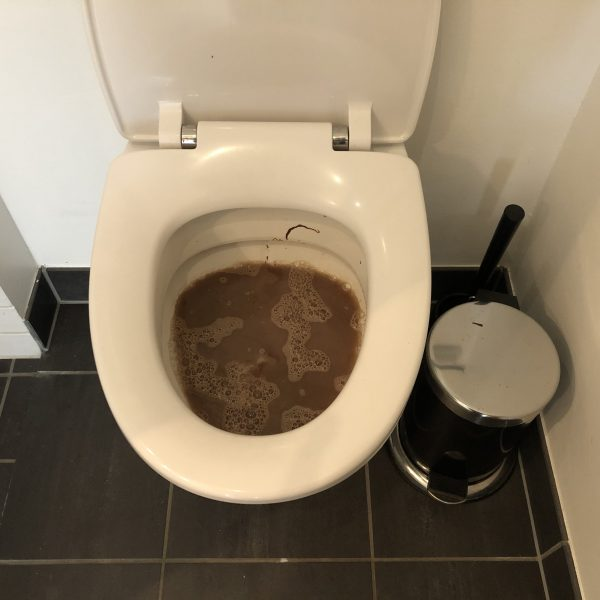 stoppet toilet
